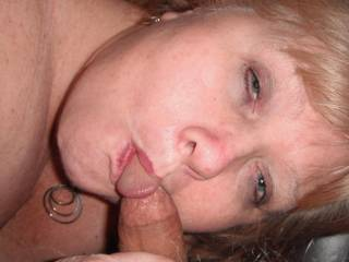 Luv to feel her sucking my cock deep in her throat, and splash a thick creamy load all over her pretty face, great new pixs