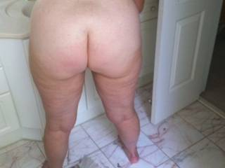 OH Yes Very Nice Ass I'd like to spread those cheeks and Likk U'r brown spot til U cummm all over me !!!