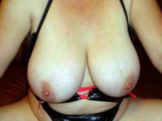 I Just love your beautiful big tits Mrs DD xx