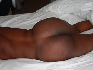 oh wow....i would love to spend all night just pounding that ass....hard and fast