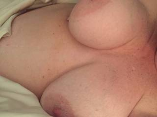 Who\'d like to cum play with me while hubby watches? I\'d love to have a BBC or a couple or two guys at once. Nice big tits and sweet wet pussy right here. Mmmmmm.