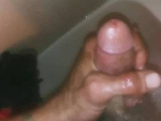 Got horny in the shower and i had to cum what do u ladies think