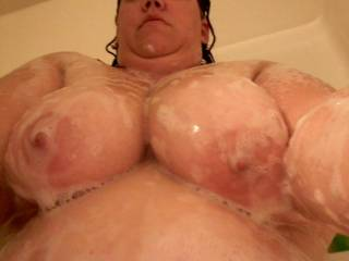 getting ready for tonights events. making sure my pussy is nice and shaved and my tits are good and clean for Mr Azcupl75.