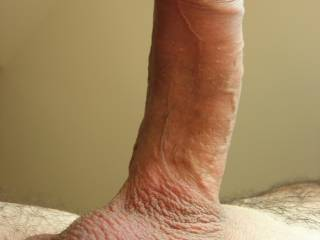 10/10..very nice hard cock and very nice shave... very good close-up...