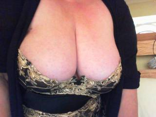 The lingerie seems to fit perfectly on your perfect tits, I hope the investment brings you lots of pleasure. Come to my house wearing it and it definitely will :-)