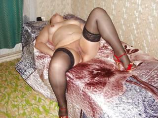 Russian slut Irina Nikolina shows her insatiable pussy