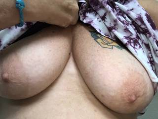 Out shopping yesterday and needed some lips on these nipples