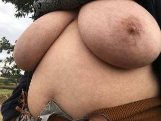 Big tits under the shelter of a tree