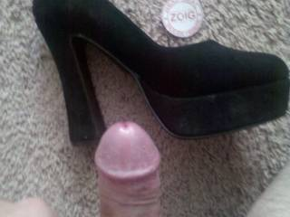 Do you want to have her pose in these? Send her a message and ask her to model her black platforms.