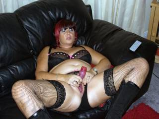 love to swop places with that toy and feel that hot pussy around my hard cock