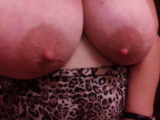 Love your big sexy breasts, I think your big areolas are so damn hot!! Would love to be there fondling, kneading, sucking them and even a nice tittie-fuck too!!