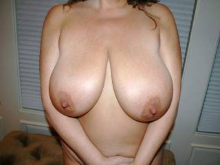 New to posting on here. Do you like her big tits?