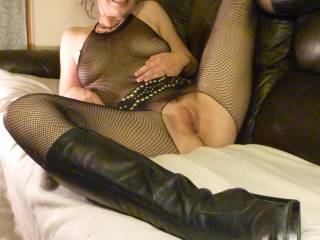 Love to feel your thighs around my ears while I'm tongue lashing your clit and eating your pussy cum