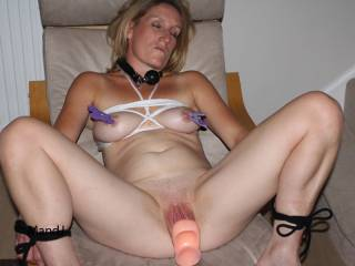 so fucking hot and slutty would love to dp you with hubby