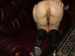 This is my friends wife waiting to be fucked - would you like to join us?