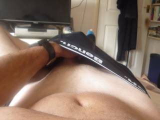 love your sexy bulge  u got me horny watching you  i wish i could pull that out n impale my pussy on it