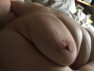 Playing with my BBW girlfriend...