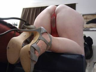 Who wants to fill this sweet ass up? Use my asshole for target practice! Come and do me right! This cumslut loves to feel the hot jizz blasting her ass hole. How about a cum tribute, too, dear?