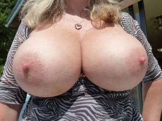 getting her big tits out b4 work again for your pleasure
