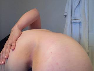 Dancing and playing with vibrating anal beads deep inside...