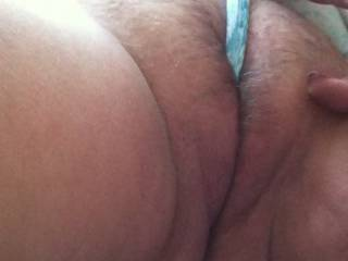 Getting wife\'s engorged BBW pussy off with her panties