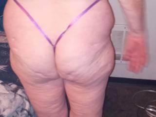 she has a huge ass