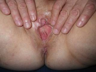 Yes I do again that is some sweet tasty pussy there mmmmmmmmmmmm