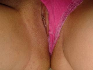 oh yes, i always love to lick and suck a fresh shaven pussy...mmmmm  ;-p