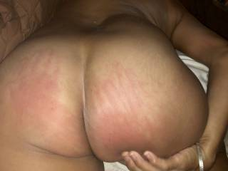 Wife wants her ass slapped hard before taking a hard anal pounding.