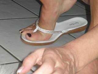 I would not know where to start kissing those sexy feet or that sexy pussy can I kiss them both pleaseeee opps forgot the ass my goddess please im on my knees for you
