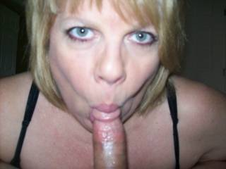 Mrs Daytonohfun giving me head again.  I can\'t keep my cock out of this married woman\'s mouth and her hubby loves knowing his wife is naughty!