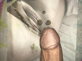 Cumtribute on MILF pussy