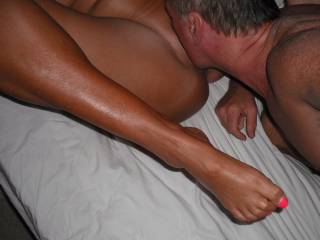 Getting a toe-curling good pussy licking from my Hubby.
