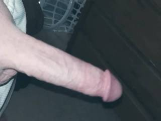 My morning wood feels so good ....can you get it down your throat? Who wants to suck every last drop of my huge load out of my pulsing head?