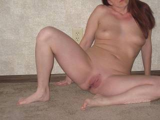 i would love to feed her hungry pussy my throbbing cock as you fill her mouth full of your cock