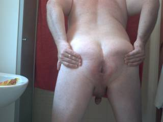 Nice, i'ld like to c one wit ur finger touchin ur ass ;) think its sexy