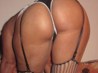 Wow i wanna bite your juicy ass!!!!