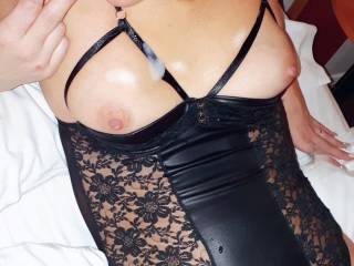Husband shooting his load on my tits during my very first webcam on zoig