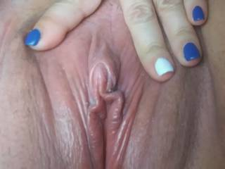 Feeling really horny.  Need someone to fill her up.