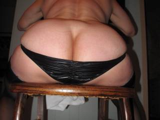 """She\'s 5\'4"""" and 130. Not a big girl at all but. That ass is just round as round can be.... and she\'s 64!!!"""