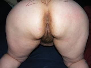 like to see her pulling her fanny wide open to see deep up her love tunnel where she likes to be filled with stiff cock,she,s a hottie of a mrs lucky hubby..would ease my cock meat into her anytime