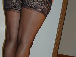 ohhh yeah..thats what i like!  nice legs too  shit ya just got me horny.