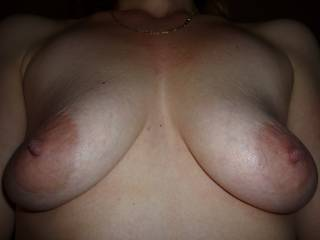 saggy tits and her big nipples