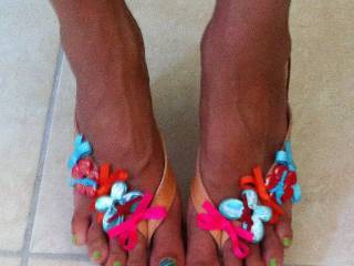 Hello feet lovers, I am getting ready for summer! I am in footjob mood!!!!