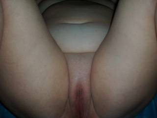 WOW !!! thats one of the besy pussy pics ive ever seen, would love to have a go on that PLEASE !!! :-)