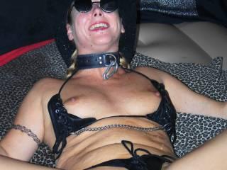 Beautiful lady, super nipples, soaking wet pussy, Arghhhhh !!