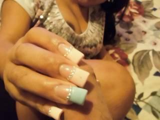 Latina girl gives an amazing happy ending massage!
