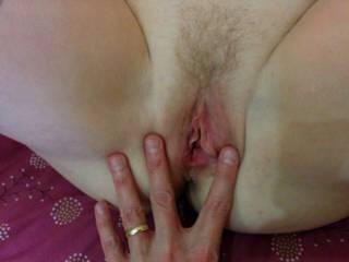 Mmmmm, wanna lick, suck then fuck that gorgeous pussy