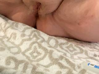 Fat thighs and a juicy pussy