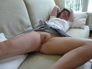 hope you leave them off when you go shoping and bend over to tease the guys so we could look right up your hot arse and that juicey pussy mmm